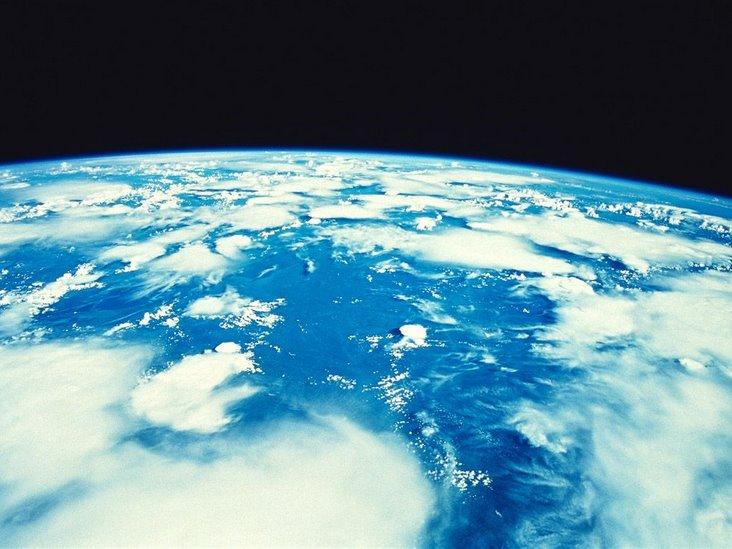 从太空俯视地球的美图
