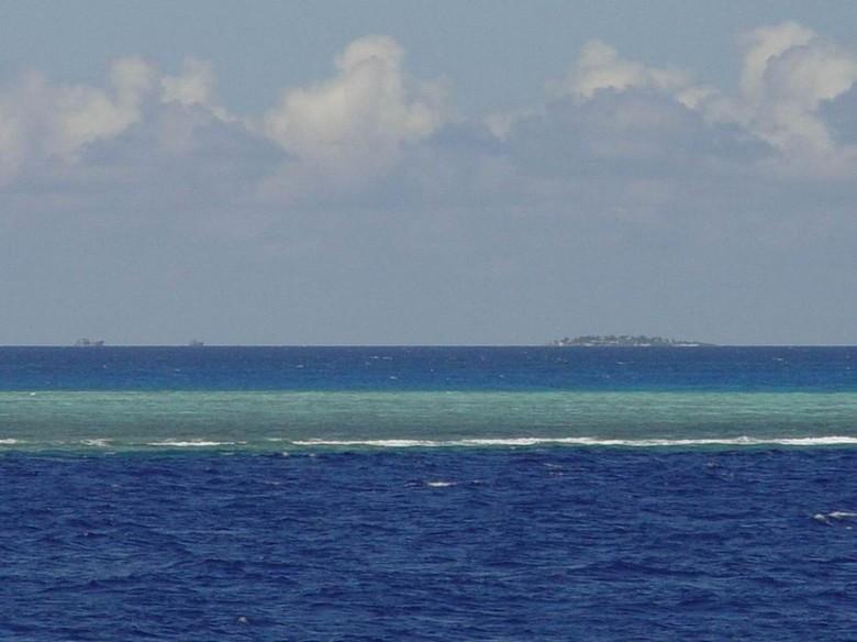 中国南海被占岛礁