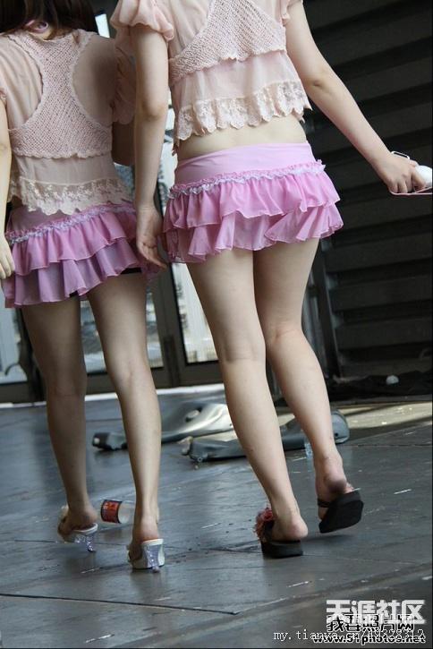 转 唯美艺术 2011chinajoy展会上的美腿show girlsmm 神泣高清图片