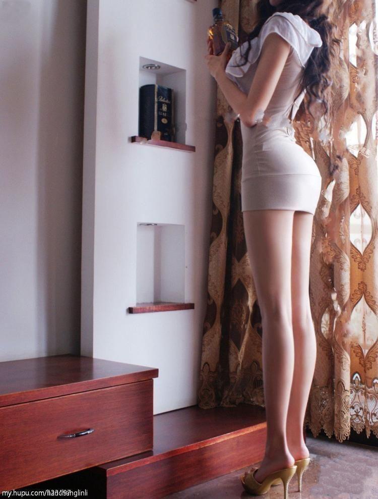 美女嫩鲍囹�a�M\_发张超高清的美女图